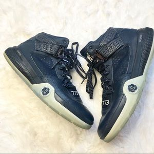 Adidas 773 Performance D Rose Bounce Athletic Shoe